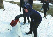 022321 nl snowman Srs